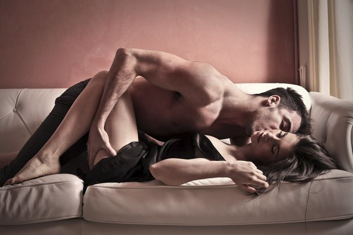 Эрекция во время ласк без секса